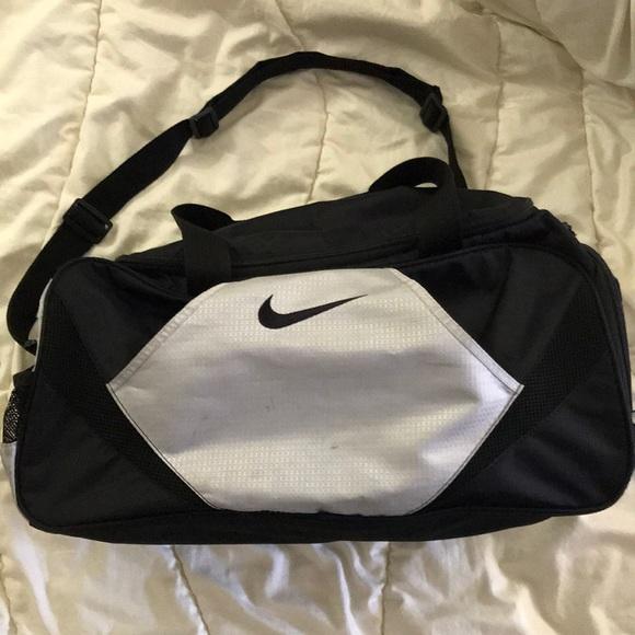 ... Nike Bags Duffle Bag Poshmark huge discount 28a56 8455e 258f31c40a
